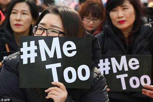 Phụ nữ Nhật Bản cảm thấy xấu hổ khi lên tiếng tố cáo tội phạm tình dục
