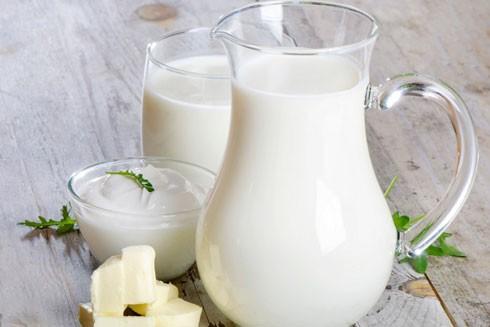 """Uống nhiều sữa có phải là """"chìa khóa"""" giúp trẻ em tăng chiều cao?"""