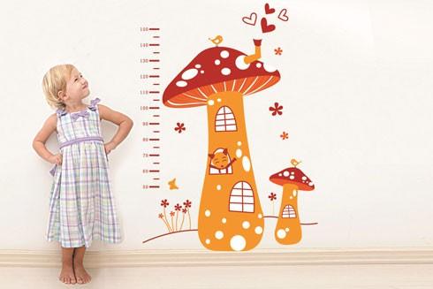 Sữa có nhiều vitamin và khoáng chất nhưng chưa đủ để giúp trẻ cải thiện tầm vóc