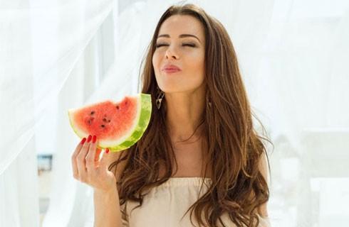 Nắng nóng thế này ăn quả gì giải nhiệt?