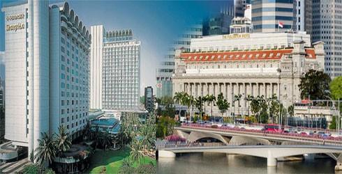 Khách sạn Shangri-La (bên trái), nơi Tổng thống Mỹ sẽ lưu trú trong thời gian diễn ra cuộc gặp thượng đỉnh Mỹ - Triều, có giá 7.480 USD/đêm và khách sạn Fullerton (bên phải), nơi nhà lãnh đạo Kim Jong-un nhiều khả năng sẽ nghỉ lại, có giá 6.000 USD/đêm