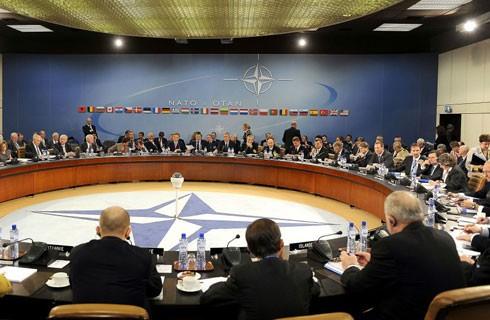 Mỹ và những thành viên NATO ở châu Âu đang bất đồng sâu sắc về hàng loạt vấn đề song phương cũng như quốc tế quan trọng