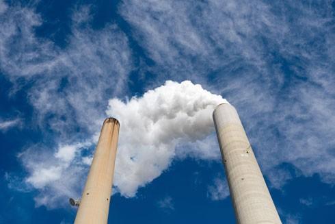 Khói thải từ nhà máy nhiệt điện American Electric Power ở New Haven, Tây Virginia, Mỹ