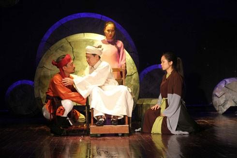 """Vở diễn """"Thế sự"""" (Nhà hát Kịch Việt Nam) tham dự liên hoan"""