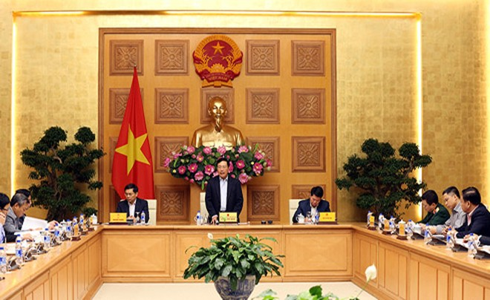 Phó Thủ tướng, Bộ trưởng Bộ Ngoại giao Phạm Bình Minh, Trưởng Ban Chỉ đạo liên ngành về hội nhập quốc tế trong lĩnh vực chính trị - quốc phòng - an ninh phát biểu chỉ đạo cuộc họp