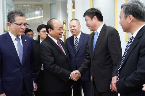 Thủ tướng Nguyễn Xuân Phúc tiếp đại diện các tập đoàn trong lĩnh vực cơ sở hạ tầng của Trung Quốc
