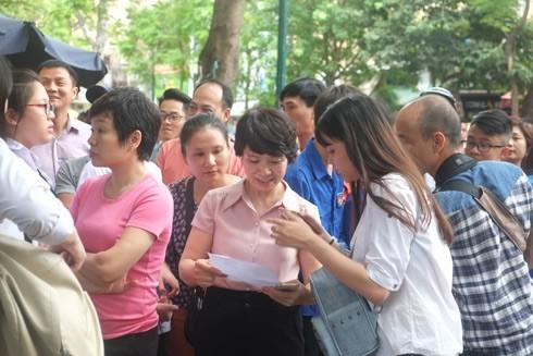 Kỳ thi tuyển sinh vào lớp 10 ở Hà Nội: Lựa chọn thông minh trước giờ G ảnh 1