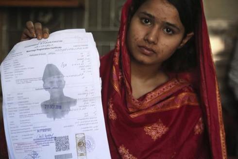 Nhiều cô gái trẻ trở thành nạn nhân của những vụ lừa đảo hôn nhân ở Pakistan