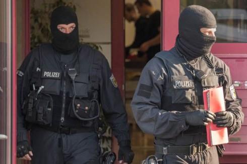 Cảnh sát Đức tham gia chiến dịch truy quét băng nhóm tội phạm buôn người năm 2018