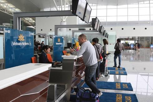 Người nước ngoài được nhập cảnh khi hộ chiếu hoặc giấy tờ liên quan còn hạn sử dụng (Ảnh minh họa)