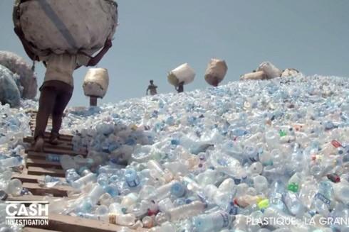 Chỉ có 9% trong tổng số 9 tỷ tấn nhựa do thế giới làm ra được tái chế, phần lớn bị đem chôn lấp hoặc bỏ ra môi trường