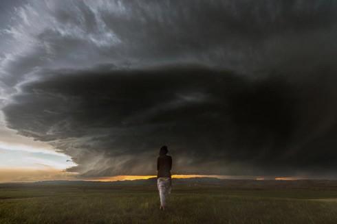 """Nghệ sĩ bị cuốn vào """"tâm bão"""" trên báo vì hiểu nhầm"""