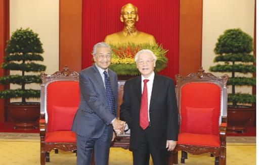Tổng Bí thư, Chủ tịch nước Nguyễn Phú Trọng tiếp Thủ tướng Malaysia Mahathir Mohamad