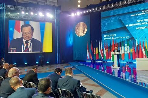 Thứ trưởng Nguyễn Văn Thành phát biểu tại Hội nghị