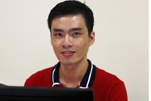 Nhà báo Hồ Viết Thịnh