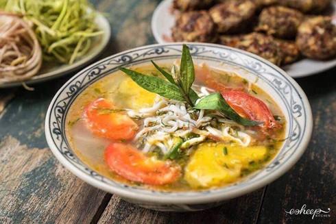 Cá ngần, món ngon của người ưa khám phá sản vật sông Đà