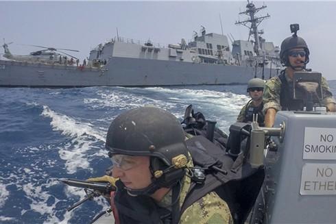 Tàu chiến Mỹ tiến hành tuần tra ở Biển Đông nhằm khẳng định tự do hàng hải cũng như bác bỏ đòi hỏi chủ quyền phi lý và phi pháp của Trung Quốc