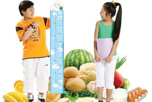 Yếu tố dinh dưỡng đóng vai trò quan trọng phát triển chiều cao của trẻ