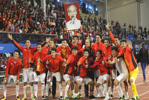 Thầy trò huấn luyện viên Park Hang-seo đã làm nên kỳ tích cho bóng đá Việt Nam khi lên ngôi vô địch tại kỳ đại hội thể thao Đông Nam Á sau 60 năm chờ đợi