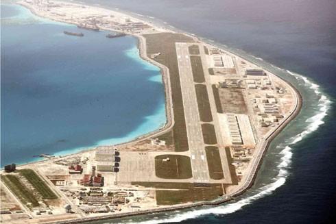 Trung Quốc biến các đảo nổi nhân tạo chiếm đóng trái phép ở quần đảo Trường Sa của Việt Nam thành các căn cứ quân sự lớn nhằm hiện thực hóa tham vọng độc chiếm Biển Đông