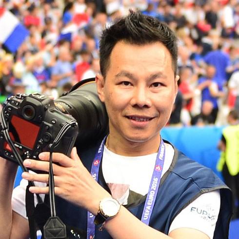Nhà báo Trung Nghĩa