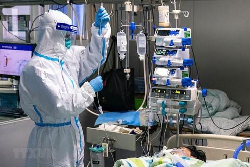 """Trung Quốc và cộng đồng quốc tế đang """"chạy đua"""" để tìm ra phác đồ điều trị cũng như thuốc đặc trị virus Corona"""