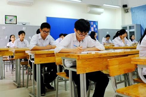 Kỳ tuyển sinh lớp 10 của Hà Nội hàng năm luôn là sự kiện được người dân quan tâm bởi tính cạnh tranh cao