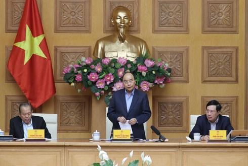 Thủ tướng Nguyễn Xuân Phúc phát biểu tại cuộc họp Thường trực Chính phủ về phòng, chống dịch Covid-19, chiều 2-3