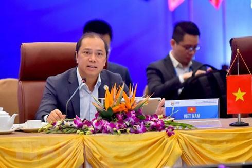 Thứ trưởng Bộ Ngoại giao Việt Nam, Trưởng SOM ASEAN Việt Nam, Nguyễn Quốc Dũng thông báo dự kiến chương trình hoạt động Hội nghị Cấp cao ASEAN 36