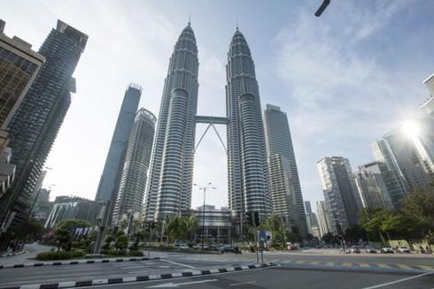 Thủ đô Kuala Lumpur vắng lặng khi thực hiện lệnh phong tỏa trong 2 tuần bắt đầu từ 18-3
