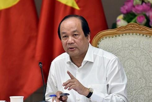 Bộ trưởng, Chủ nhiệm Văn phòng Chính phủ Mai Tiến Dũng mong người dân bình tĩnh, yên tâm, tin tưởng, ủng hộ các biện pháp phòng chống dịch của Chính phủ