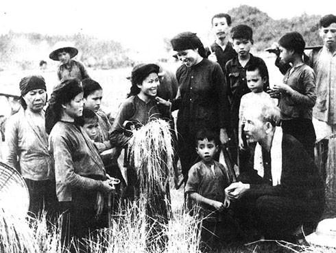 Mỗi cán bộ, đảng viên nguyện học tập và làm theo tư tưởng, đạo đức, phong cách Hồ Chí Minh