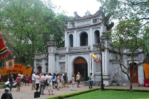Hà Nội công bố dự thảo báo cáo chính trị trình Đại hội XVII Đảng bộ thành phố, lấy ý kiến đóng góp của nhân dân (4) ảnh 2