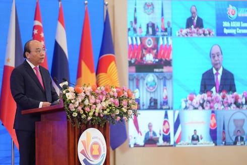 Thủ tướng Nguyễn Xuân Phúc khẳng định ASEAN đã chủ động thích ứng và đoàn kết vượt lên thách thức