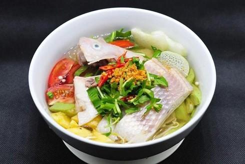 Những phiên bản hấp dẫn của canh cá nấu chua