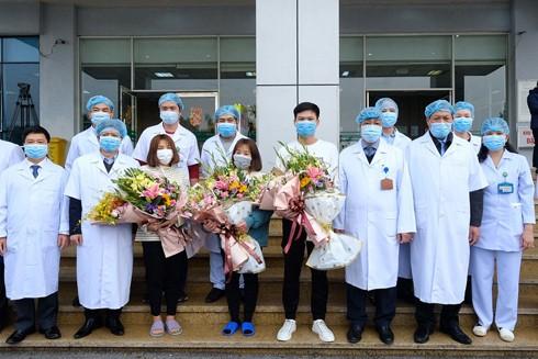 Các bệnh nhân nhiễm Covid-19 được chữa trị khỏi bệnh đã minh chứng cho thành công của Việt Nam
