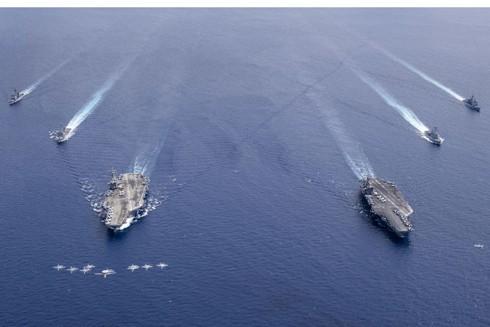 Bộ đôi tàu sân bay Mỹ tham gia tập trận ở Biển Đông