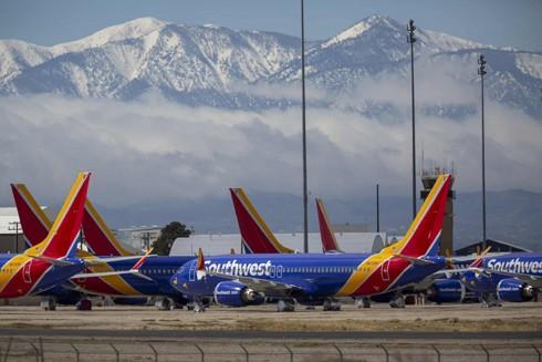 Southwest Airlines đỗ máy bay tại sân bay vận tải Southern California, Mỹ trong thời gian dịch Covid-19 bùng phát