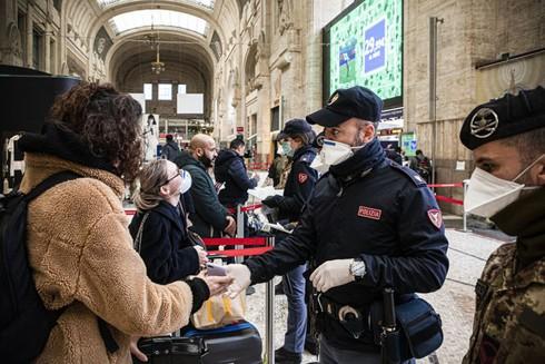Chính phủ cho biết Nội các Italia đã nhất trí kéo dài tình trạng khẩn cấp đến ngày 31-10