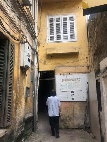 """Níu giữ """"chứng nhân lịch sử"""" trong biệt thự cổ Hà Nội (bài 2): Ký ức cuộc đời từ những khu nhà cũ"""
