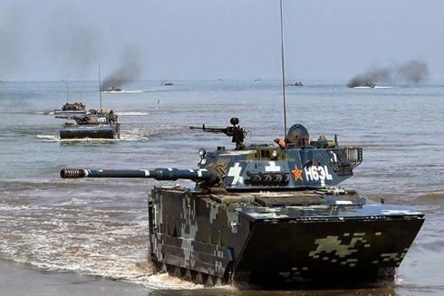 Hình ảnh do quân đội Trung Quốc công bố về một cuộc tập trận đổ bộ chiếm đảo