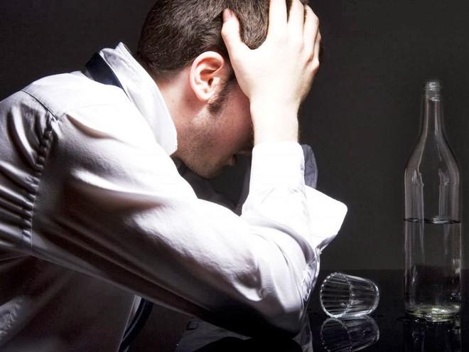 Nghiện rượu gây tổn hại não