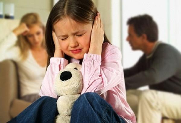 Trẻ bị stress, lớn dễ huyết áp cao
