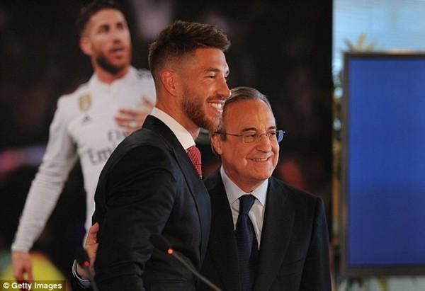 Real Madrid họp báo hoành tráng giới thiệu Ramos gia hạn hợp đồng ảnh 7