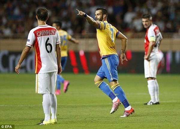 Tây Ban Nha đi vào lịch sử UEFA Champions League