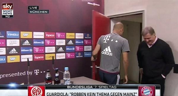 Giận phóng viên, Guardiola bỏ họp báo