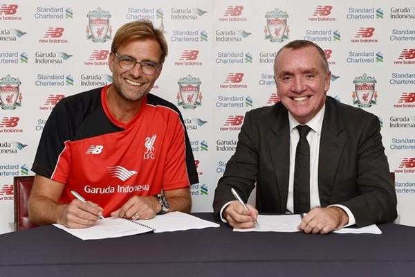 Klopp khiêm tốn trong lễ ra mắt người hâm mộ Liverpool ảnh 1