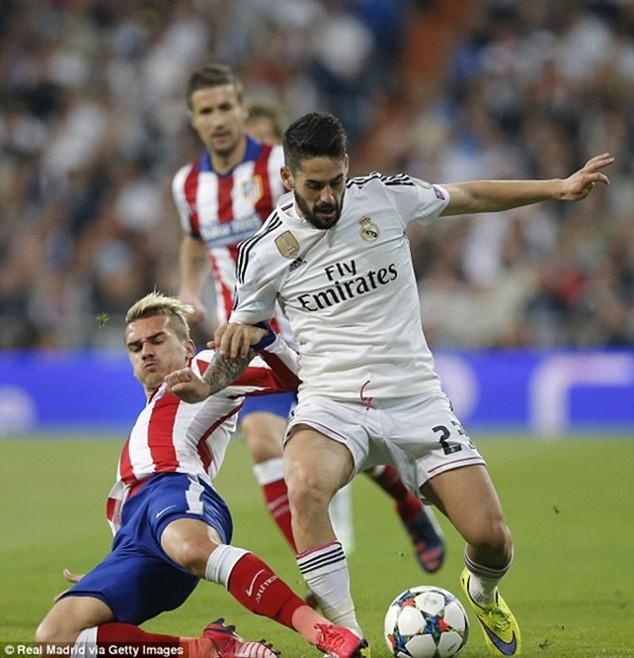 """Chelsea sẵn sàng """"đột kích"""" ngôi sao của Real Madrid"""