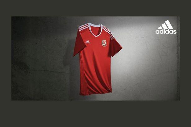 Lộ diện áo đấu mới của các ĐT tại VCK Euro 2016 ảnh 19