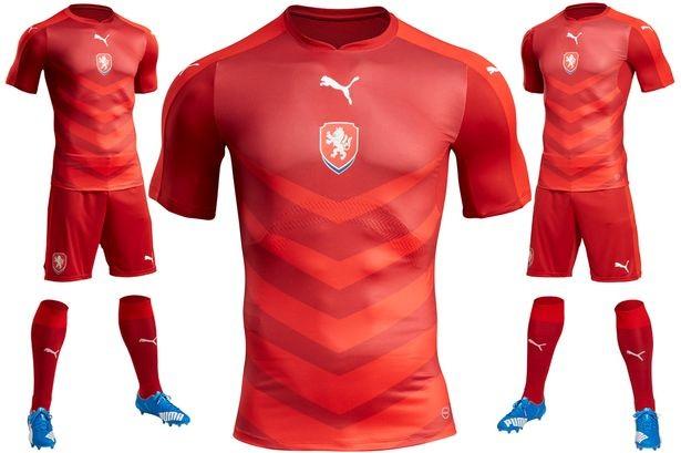 Lộ diện áo đấu mới của các ĐT tại VCK Euro 2016 ảnh 6